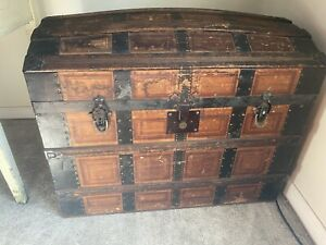 1800 S Antique Vintage Steamer Trunk Chest Dome Top