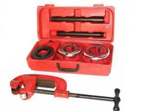 Ratchet Type Pipe Threader And Pipe Cutter Tool Set 3 Dies 1 1 4 1 1 2 2
