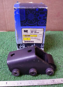 1 New Cat Towmotor 1032306 Roller Assembly Entry Nib make Offer