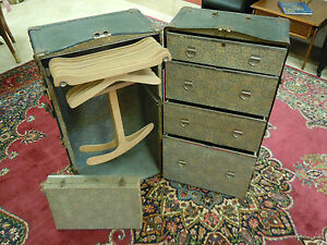Vintage Wardrobe Steamer Travel Chest Case Real Good Trunk Hole Proof W Key Rare
