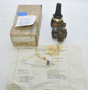 Nos 1960 Oldsmobile Lh Lower Ball Joint Unit 578125