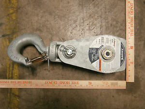 Crosby Heavy Duty 8 Ton Hook And Hoist Wire Rope Pulley T 390 Galvanized Steel