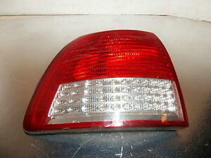 Cadillac Catera Left Taillight Qtr Mtd 2000 2001
