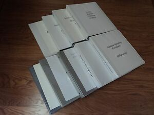 Standard 3 Ring Binders 1 1 2 inch Lot Of 9 White