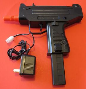 UZI MAC 10 Auto Electric Airsoft Gun w Rechargeable Battery amp; Battery Charger $35.00
