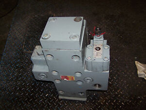 New Double A Vickers Hydraulic Directional Control Valve Bqb061m10a