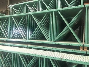 5 Sections Teardrop Pallet Rack 10 x42 96 Beam With Wire Deck