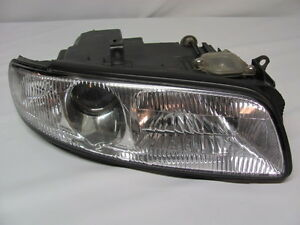 1995 96 Mazda Millenia Right Side Heamlamp Assembly