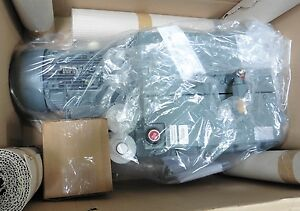 C115733 Edwards Ev100 Oil Sealed Rotary Vane Vacuum Pump