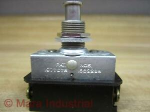 Cutler Hammer 1889259 Eaton Toggle Switch 1977078
