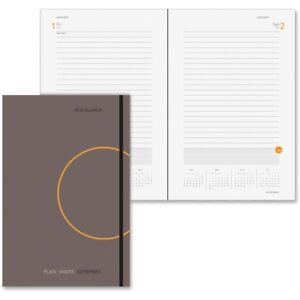 At a glance Plan write remember One day per page Planner 70620130