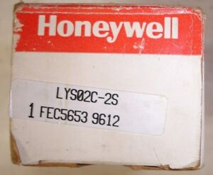 New Honeywell Micro Switch Proximity Sensor Lys02c 2s Same Day Shipping