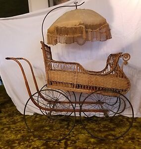 Antique Victorian Baby Carriage With Parasol Excellent Condition