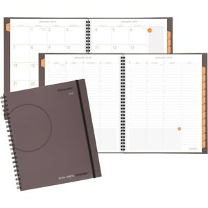 At a glance Plan write remember Weekly monthly Planner 70595000