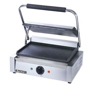 Adcraft Sg 811e f Panini Grill With Flat Plates