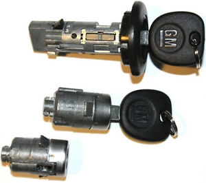 New Chevrolet Oem Ignition Switch Lock Cylinder 2 Door Lock Cylinder 2 Keys