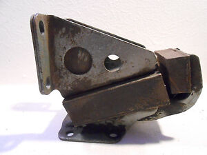 Austin Healey 3000 100 6 Right Hand Motor Engine Mount Nice 1jc