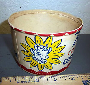 Vintage Bordens Cottage Chese container (no lid)  great colors & cow graphic