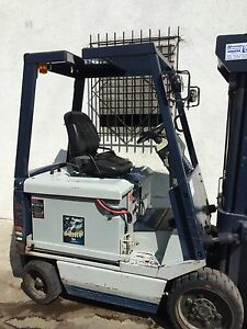 Komatsu Electric Forklift Warehouse Bakery Montacargas W Charger
