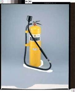 Amerex B570 Fire Extinguisher Dry Chemical 30 Lb
