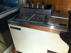 Master bilt Ice Cream Dipping Cabinet 5 Cans