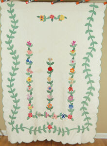 Densely Hand Quilted Vintage Floral Vine Applique Antique Quilt Vine Border