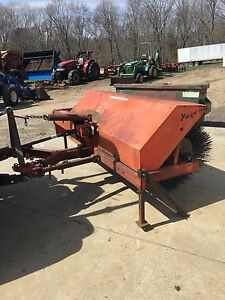 Used York Rotary Broom 3 Pt Hitch