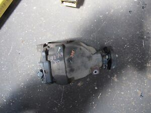 05 06 Dodge Magnum Rear Differential Carrier Rwd 2 7l 3 90 Ratio