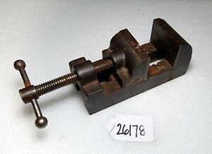 Small Vise inv 26178