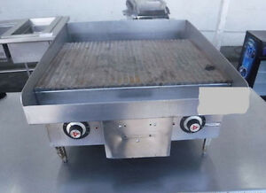 Vulcan Commercial 24 Electric Ribbed Griddle Restaurant Heavy duty Grooved Grill
