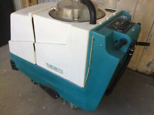 Tennant 1550 Cleaner Floor Sweeper Vacuum
