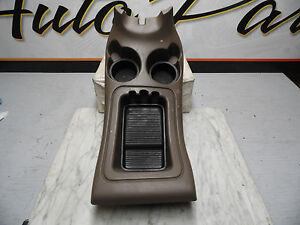 Oem 1997 Ford Expedition Forward Center Console Cup Holder Tray Assembly Tan