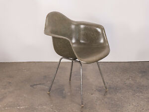 Charles And Ray Eames Olive Green Fiberglass Armshell Chair For Herman Miller