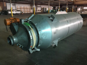 Stainless Steel Vertical Tank 1200 Gallon Metalfab Vibrator