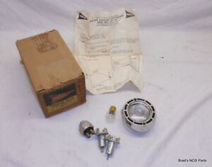 Nos Mopar 1961 Plymouth Valiant Back Up Lamp Assembly