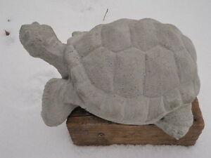 Vintage Awesome Large Cement 12 Turtle Garden Art Statue Weathered Concrete