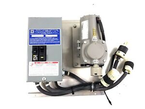Thomas 107 Series Diaphragm Vacuum Pump Compressor 12vdc 107cdc20 E W Box Panel