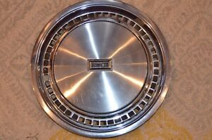 Nos Vintage Oldsmobile Hubcap Wheel Cover