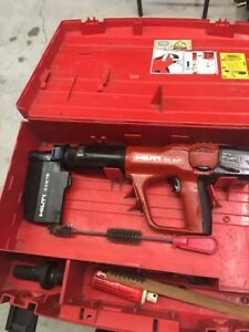 Hilti Dx A41 Powder Actuated Nail Gun W Case Accessories