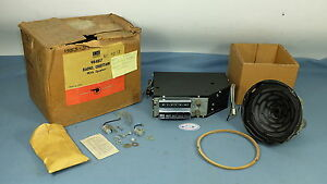 Nos 1953 1954 Pontiac Chieftain Deluxe Push Button Radio Package 984817