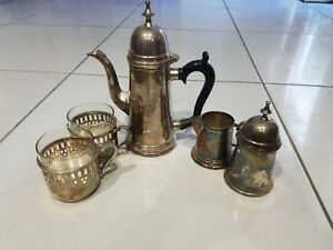 Vintage Set Of Silver Plated Tea Pot Creamer And Sugar With Lid And 2 Cups Mad