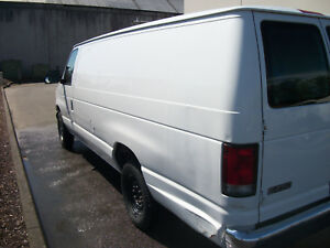 1999 Cargo Ford F250 Van With Carpet Cleaning Truck Mount