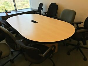Tbl 079 Maple 8ft Kimball Racetrack Conference Table