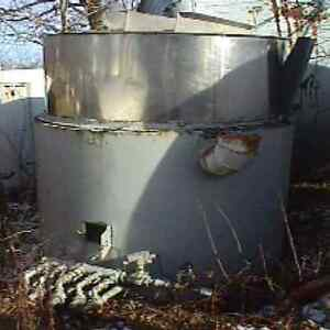 550 Gallon Sanitary Stainless Steel Tank From A Brewery With Gas Fired Burner