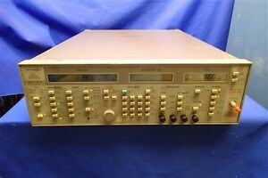 Wiltron Model 6730b 40 12 4 20 Ghz Swept Frequency Synthesizer Opt 02 14