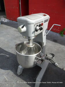 Hobart D 300t Bakery Donut Pizza Dough Mixer 30 Qt W Bowl Whip