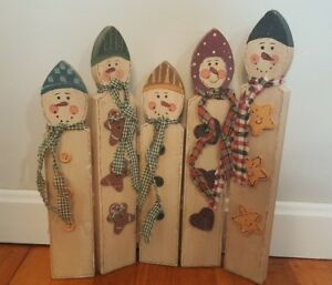 Primitive Folk Art Snowmen Vtg Hand Painted Wood Hinged 14 Scarves Buttons