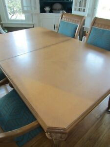 Must Sell Vintage Lt Wood Dining Rm Table 4 Chairs Ram S Head Legs 2 Lvs