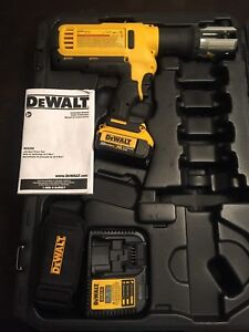 Dewalt Dce200 20v Cordless Pipe Press Tool Case 1 battery Charger Strap new