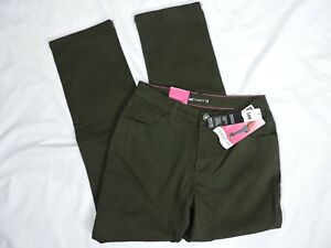 Lee Womens Classic Jeans Cypress Green Straight Size 4P Slimming Petite Stretch